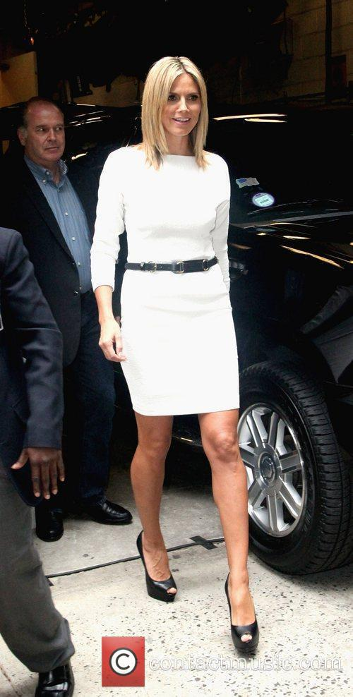 heidi klum outside abc studios after appearing 5881184