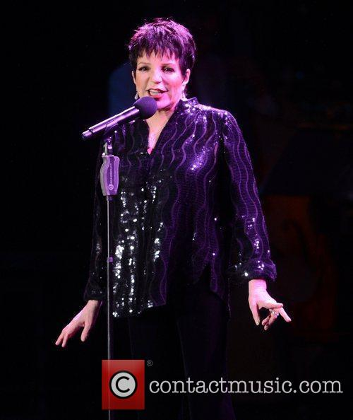 Liza Minnelli and Hampton Court Palace 6