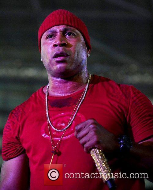 LL Cool J performs live at Marlins Jiffy...