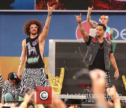 Redfoo and SkyBlu LMFAO performs live in Central...