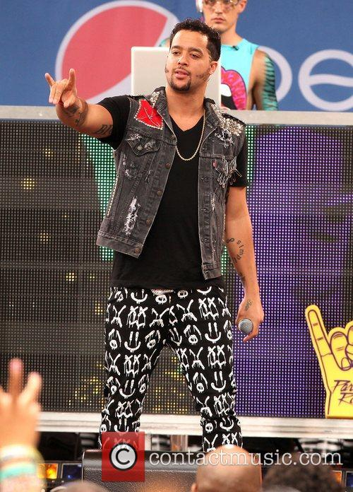 SkyBlu LMFAO performs live in Central Park as...