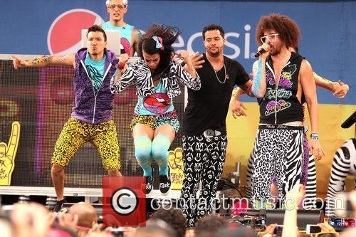 SkyBlu and Redfoo LMFAO performs live in Central...
