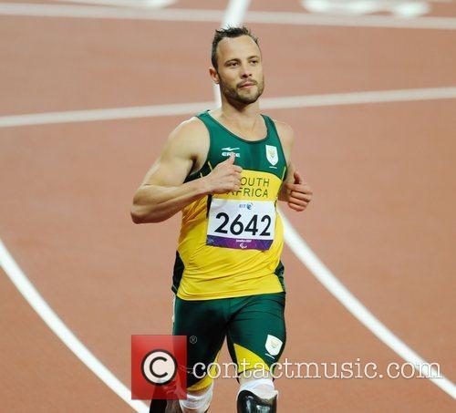 Oliver Pistorius (RSA) sets a new world record...