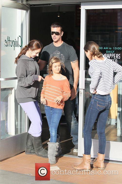 Lorenzo Lamas and his three daughters leaving Chipotle...