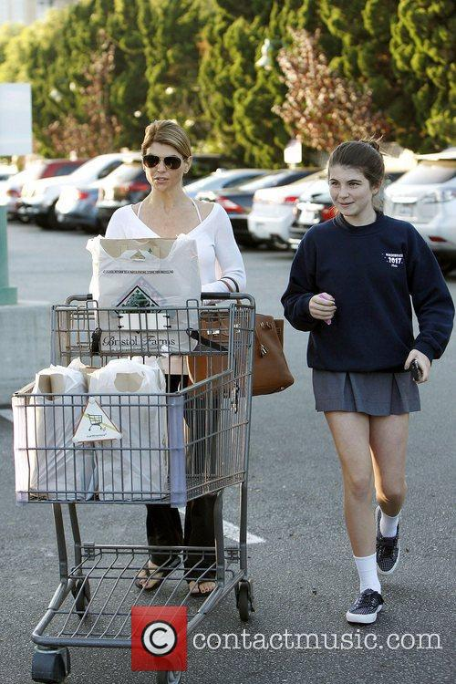 Lori Loughlin, Isabella Rose Giannulli and Bristol Farms 6