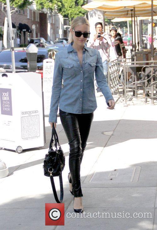 Kristin Cavallari  outside Jose Eber salon in...
