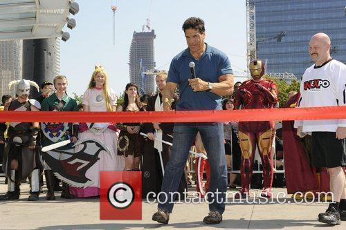 Lou Ferrigno  at the ribbon cutting ceremony...