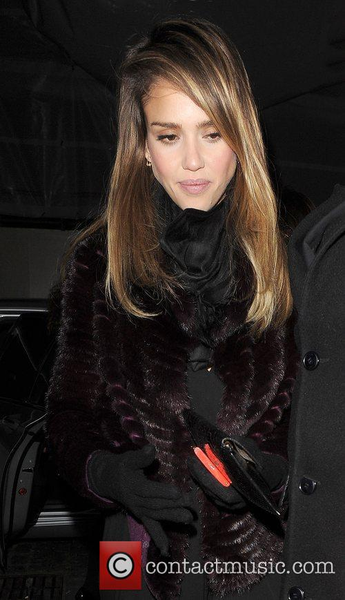 jessica alba arrives at lou lous private 4191270