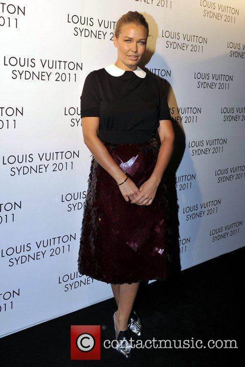 lara bingle arrives at the instore cocktail 5763221