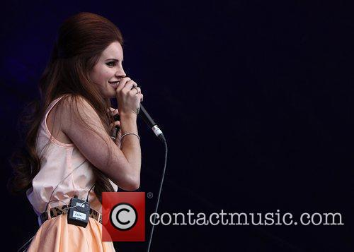 Lana Del Rey and Lovebox 6