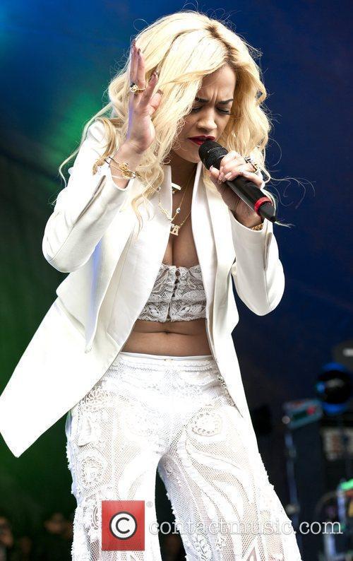 Rita Ora, LoveBox