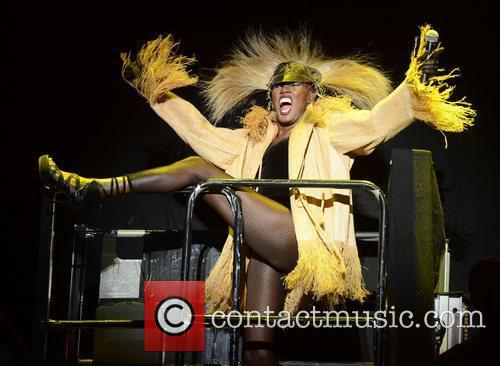 Grace Jones and Lovebox 6