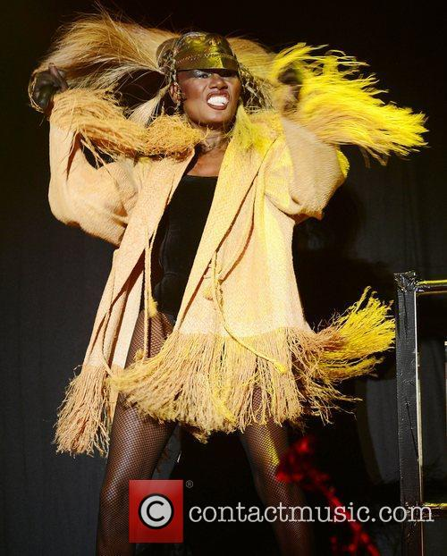 Grace Jones and Lovebox 9