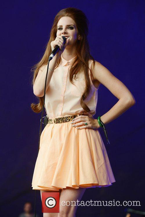 Lana Del Rey and LoveBox 10