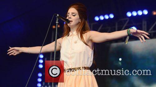 Lana Del Rey and LoveBox 12