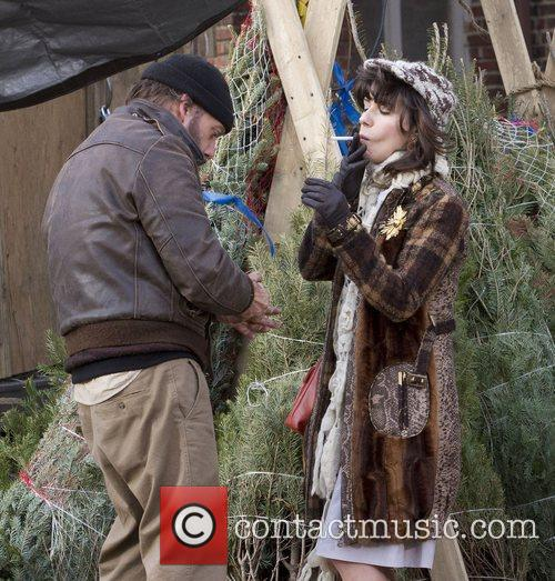 Paul Giamatti and Sally Hawkins 4