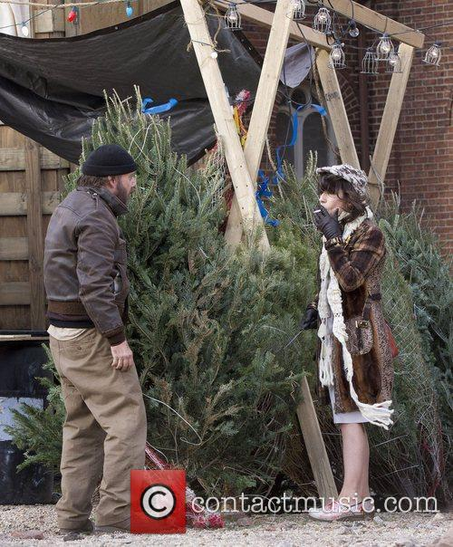 Paul Giamatti and Sally Hawkins 5