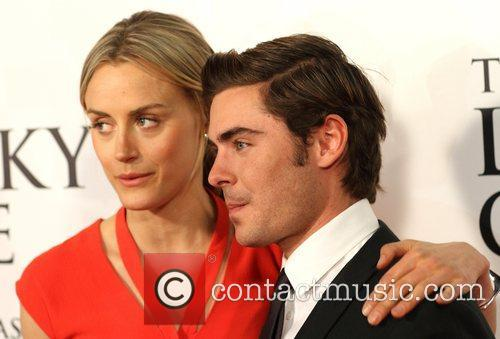 Taylor Schilling and Zac Efron 5