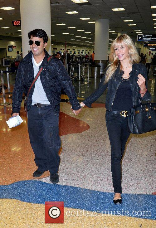 luis fonsi and agueda lopez are sighted 5845118