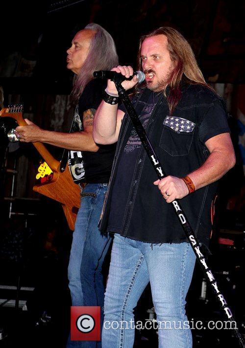 Van Zant and Lynyrd Skynyrd 5