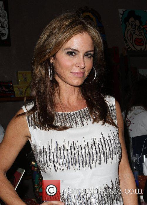 Betsy Russell 6