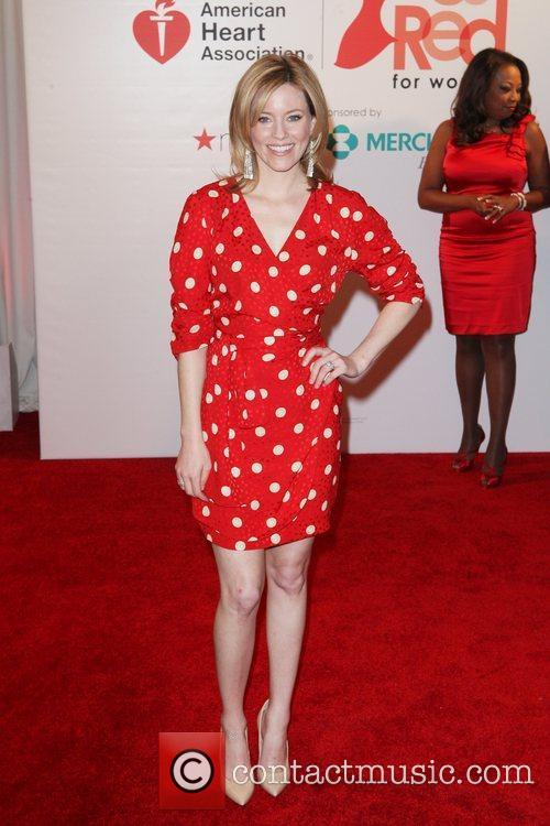 Elizabeth Banks and Macy's 4