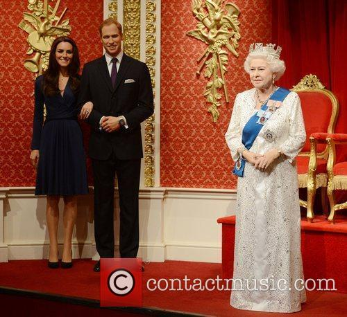 Kate Middleton, Prince William and Queen Elizabeth Ii 6
