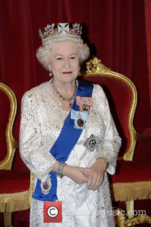 Madame Tussauds and Queen Elizabeth Ii 4