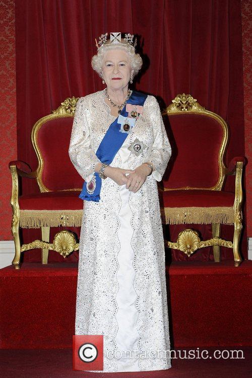 Madame Tussauds and Queen Elizabeth Ii 5