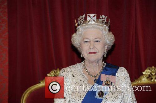 Madame Tussauds and Queen Elizabeth Ii 6