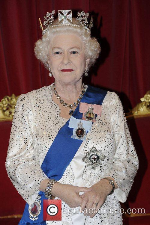 Madame Tussauds and Queen Elizabeth Ii 10