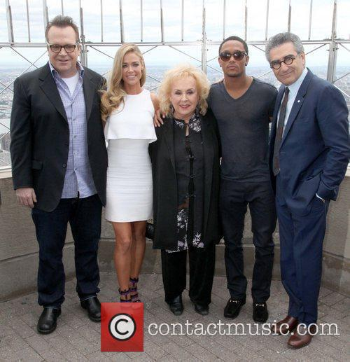 Tom Arnold, Doris Roberts, Eugene Levy and Romeo Miller 3