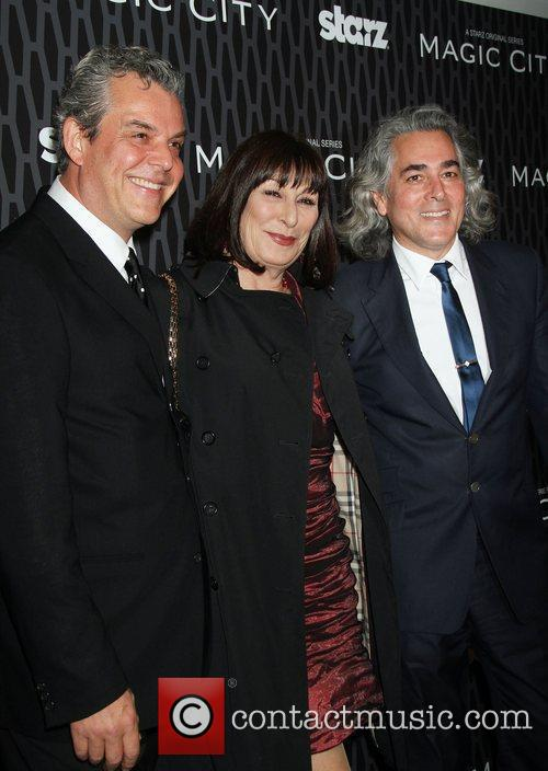 Danny Huston, Anjelica Huston and Mitch Glazer 3