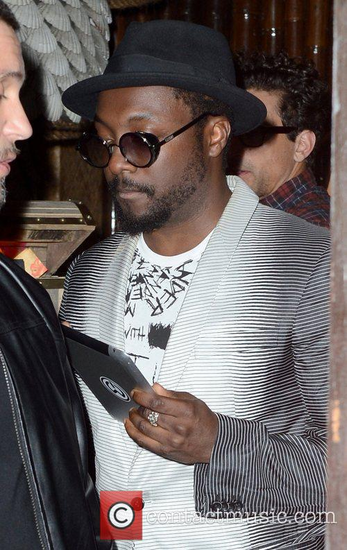 Will.i.am and Cheryl Cole 3