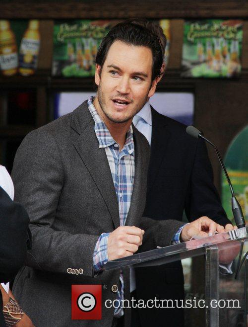 Mark-paul Gosselaar and Walk Of Fame 4