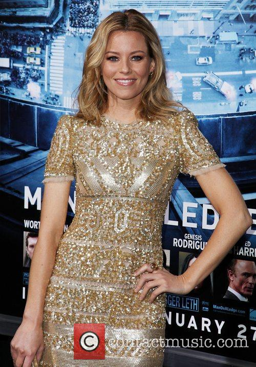 Elizabeth Banks and Grauman's Chinese Theatre 6