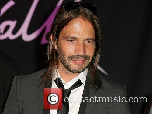 Sergio Vallin 10