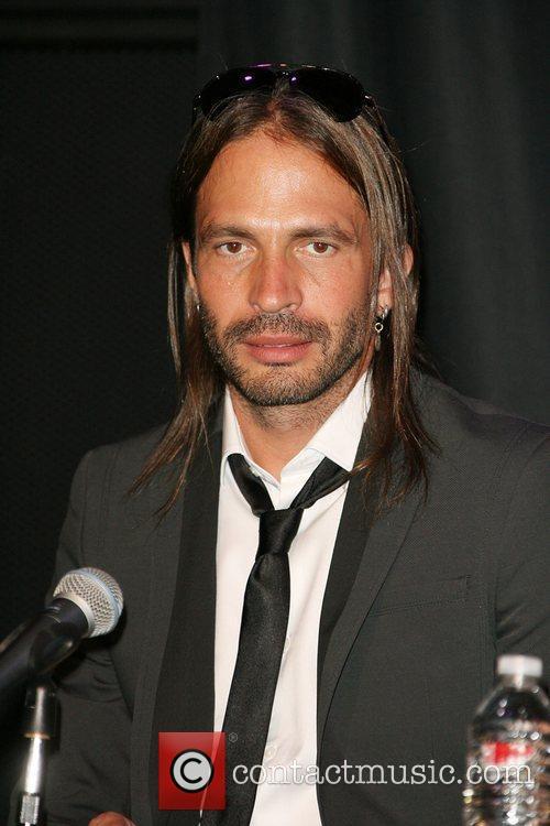 Sergio Vallin 3