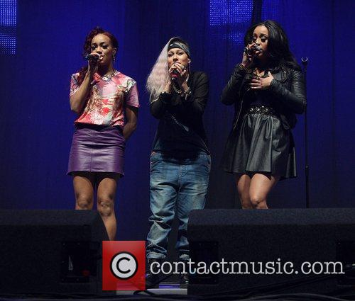 Stooshe and Manchester Arena 1