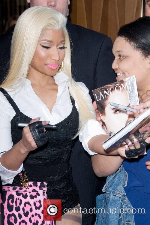 Nicki Minaj and Manhattan Hotel 2