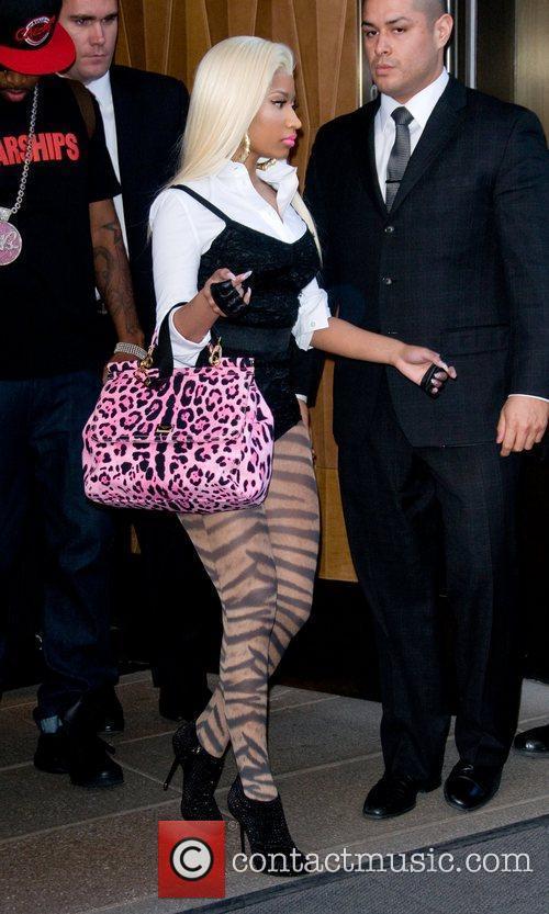 Nicki Minaj and Manhattan Hotel 3