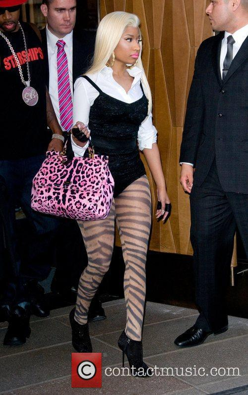 Nicki Minaj and Manhattan Hotel 4