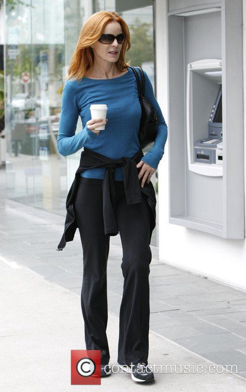 marcia cross grabs a coffee in brentwood 3922972
