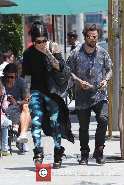 Bam Margera and Kat Von D 4