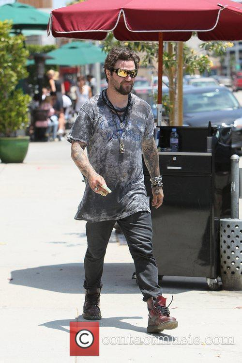 Bam Margera and Kat Von D 16