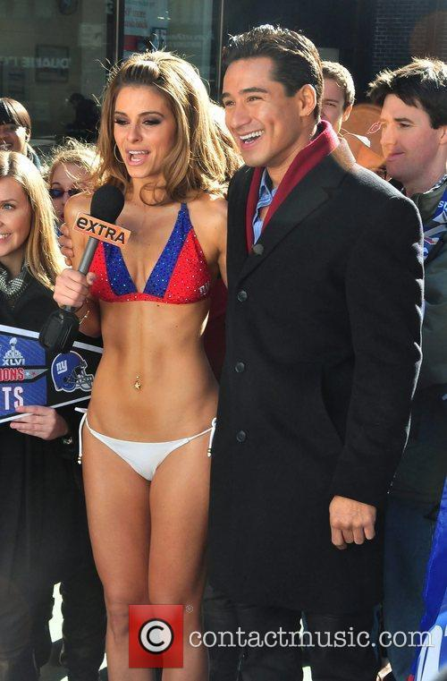 Maria Menounos wears a New York Giants bikini...