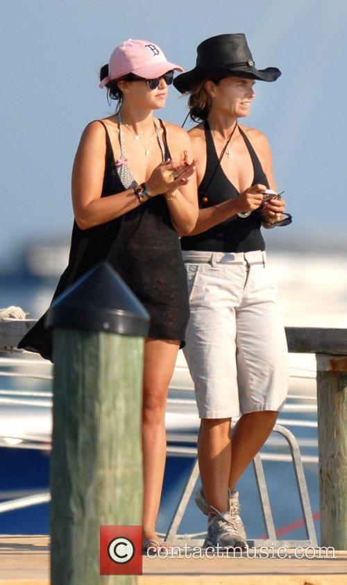 Maria Shriver and Katherine Schwarzenegger 4