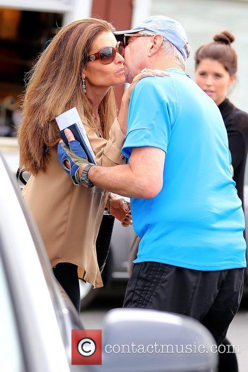 maria shriver saying goodbye to a friend 5928171
