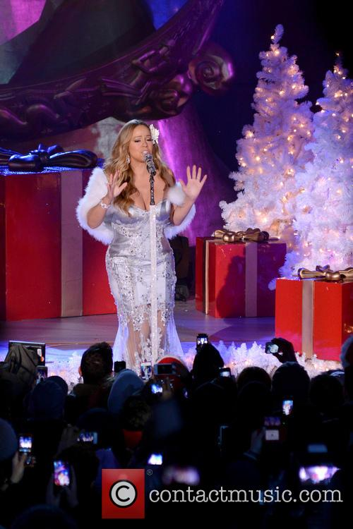 Mariah Carey, Tree Lighting Ceremony and Rockefeller Center 18