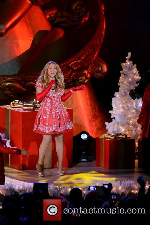 Mariah Carey, Tree Lighting Ceremony and Rockefeller Center 17